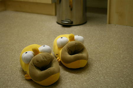 Seu pé se encaixa dentro da boca de Homer